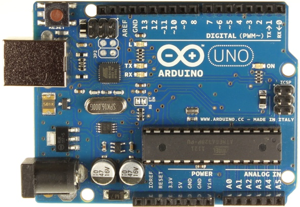 ArduinoUnoR3Front