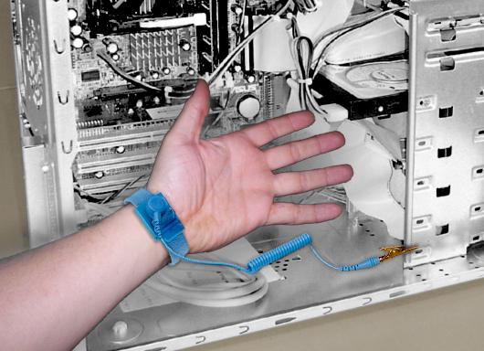 antistatic wrist chiosz robots 3