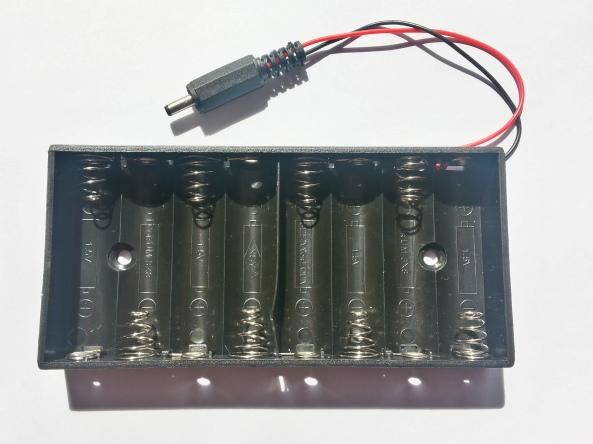 Battery holder plug 1.3mm 8AA chiosz robots 2