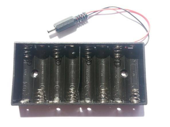 Battery holder plug 1.3mm 8AA chiosz robots