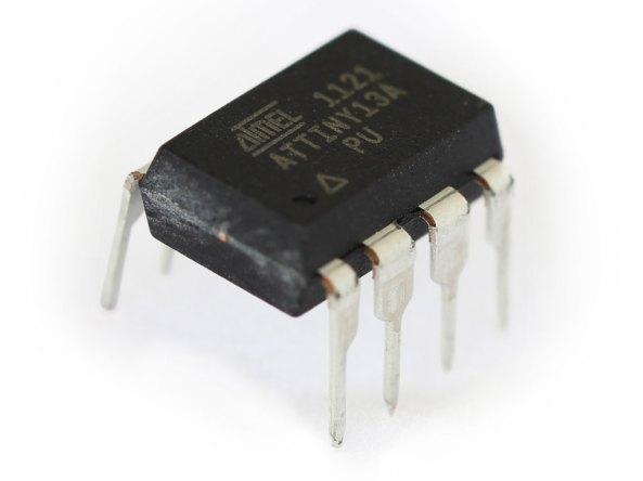 Attiny13A microcontroller chiosz robots
