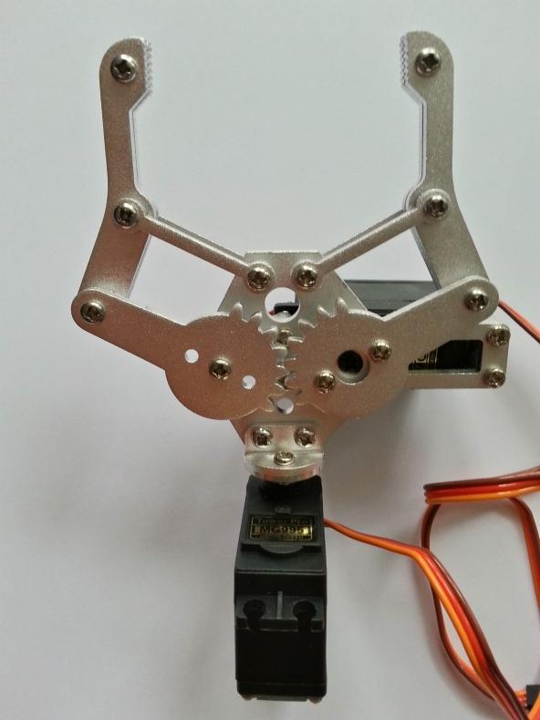 Claw 2servo MG995 chiosz robots 2