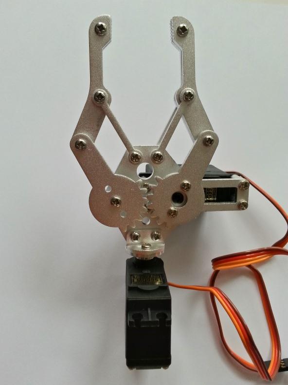 Claw 2servo MG995 chiosz robots 3