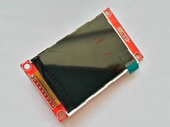 LCD QVGA 2,2 chiosz robots 10
